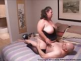 Korte BBW anale oma met grote tieten