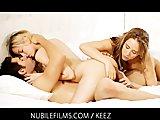 Nubile Films - Trio Liefde